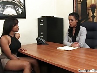 Black Lesbians Jenna and Kira Cum Hard group sex with Sybian!